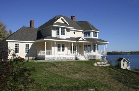 Custom home overlooking Penobscot Bay